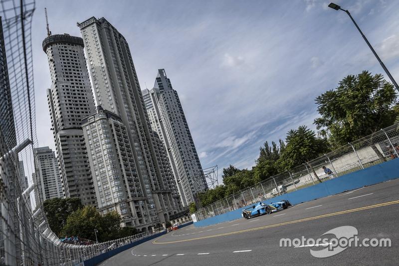 Третий этап в Буэнос-Айресе вновь выиграл Себастьен Буэми. Он стал первым пилотом в истории Формулы E, одержавшим три победы подряд