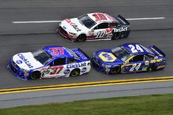 Chris Buescher, JTG Daugherty Racing Chevrolet, Chase Elliott, Hendrick Motorsports Chevrolet, Danica Patrick, Stewart-Haas Racing Ford