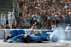 Burn out pour Paul Tracy