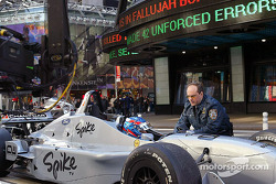 Ryan Hunter-Reay in trouble with the NYPD
