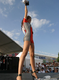 The Miss Molson Indy 2004 winner