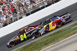 Jeff Gordon, Hendrick Motorsports Chevrolet and Kasey Kahne, Red Bull Racing Team Toyota