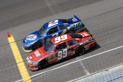 Carl Edwards, Roush Fenway Racing Ford and Brad Keselowski, Penske Racing Dodge