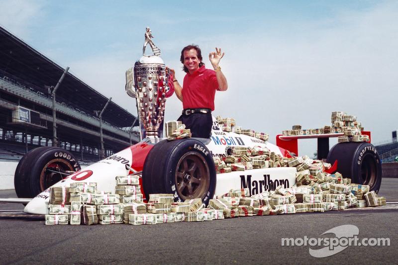Le vainqueur Emerson Fittipaldi