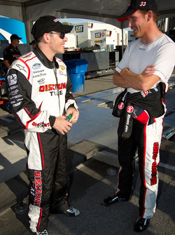 Жак Вильнёв, Penske Racing Dodge и Скотт Спид, Kevin Harvick Inc. Chevrolet