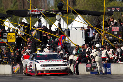 Pit stop for Jacques Villeneuve, Penske Racing Dodge