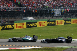 Michael Schumacher, Mercedes GP F1 Team, Pastor Maldonado, AT&T Williams
