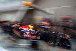 Red Bull Racing pitstop practice