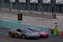 Start: #31 Ferrari of Ontario Ferrari F430 Challenge: Damon Ockey and #91 Ferrari of Ft. Lauderdale Ferrari F430 Challenge: Guy Leclerc
