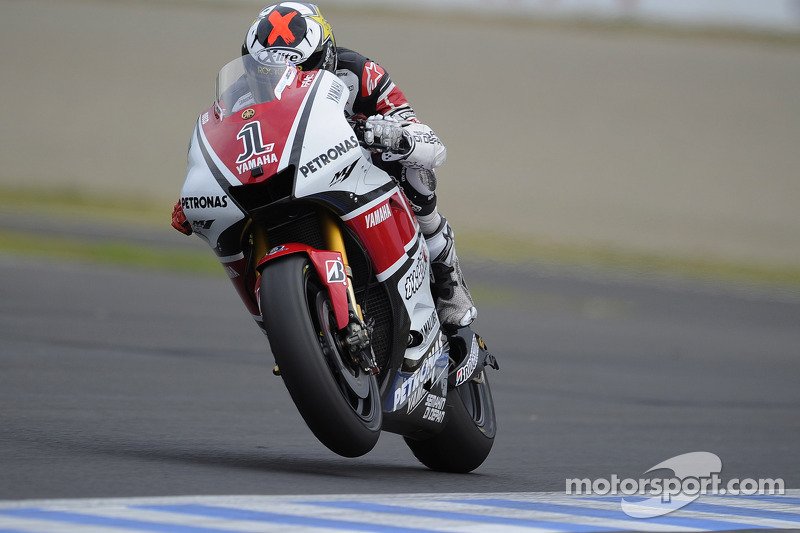 Jorge Lorenzo, Yamaha Factory Racing 2011