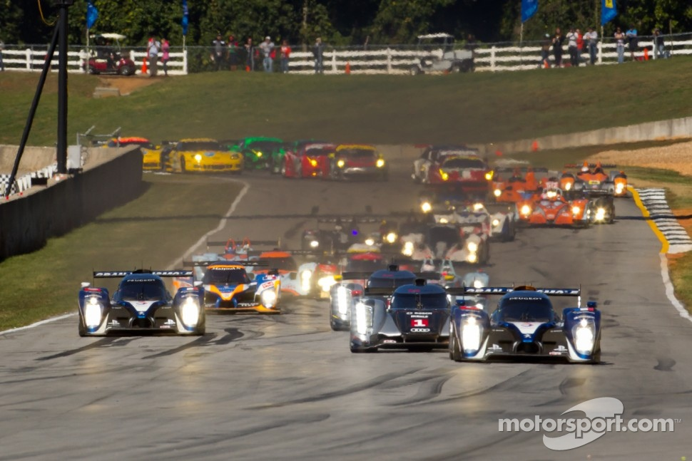 Start of 2011 Petit Le Mans