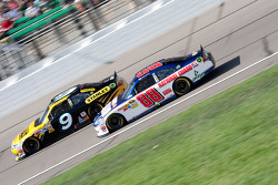 Marcos Ambrose, Petty Motorsport Ford and Dale Earnhardt Jr., Hendrick Motorsports Chevrolet