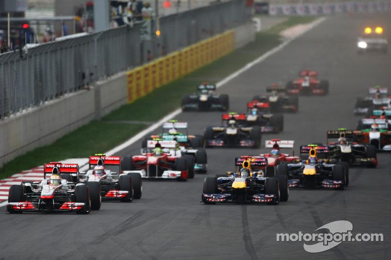 Lewis Hamilton, McLaren Mercedes leads the start of the race