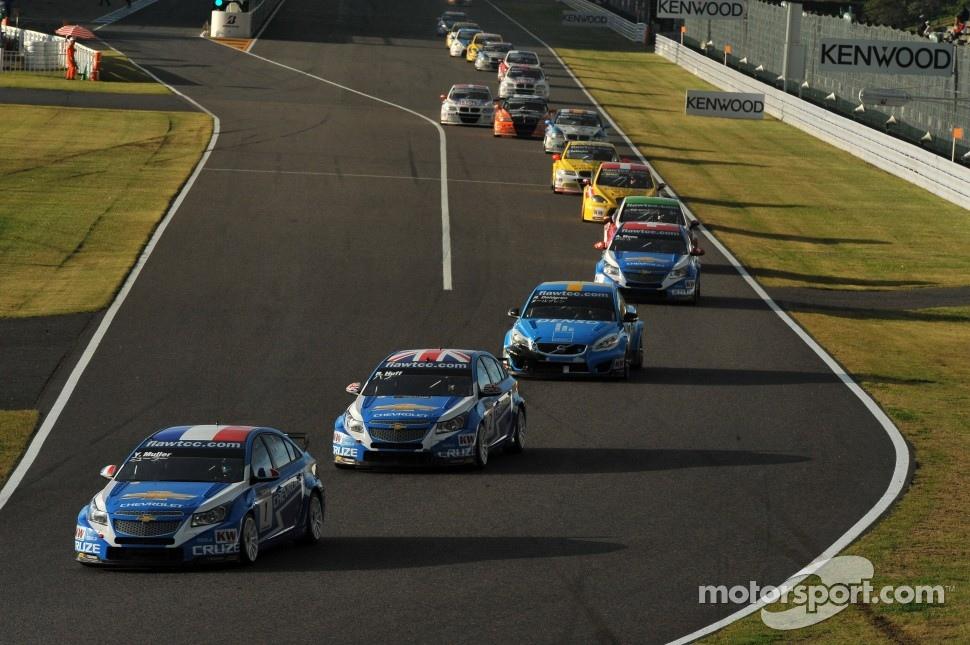 Yvan Muller, Chevrolet Cruz 1.6T, Chevrolet, Robert Huff, Chevrolet Cruze 1.6T, Chevrolet and Robert Dahlgren, Volvo C30, Polestar Racing