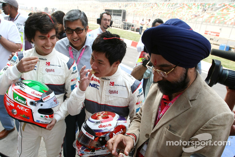 Sergio Perez, Sauber F1 Team and Kamui Kobayashi, Sauber F1 Team Sauber F1 Team Indian blessing ceremony, car Puja
