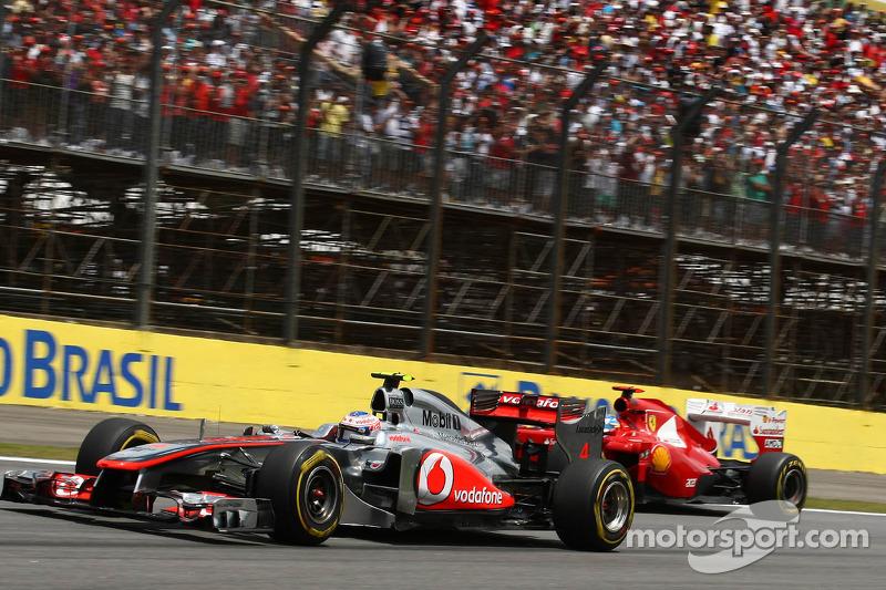 Jenson Button, McLaren Mercedes and Felipe Massa, Scuderia Ferrari
