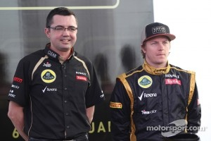Eric Boullier, Team Principal, Lotus Renault F1 Team with Kimi Raikkonen, Lotus Renault F1 Team