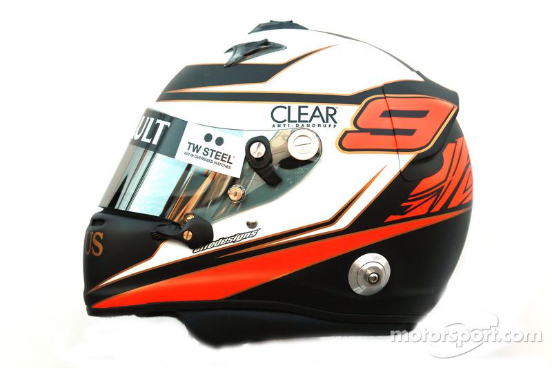 Kimi Raikkonen, Lotus Renault F1 Team helm