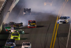 Bryan Silas, T.3.R Motorsports Ford and Ross Chastain, SS Green Light Racing Toyota crash