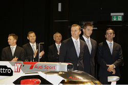 Allan McNish, Tom Kristensen, Rinaldo Capello, Marcel Fassler, Andre Lotterer and Benoit Tréluyer