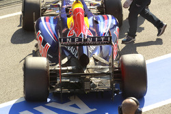 Mark Webber, Red Bull Racing rear wing and suspension