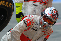 McLaren mechanics pit crew
