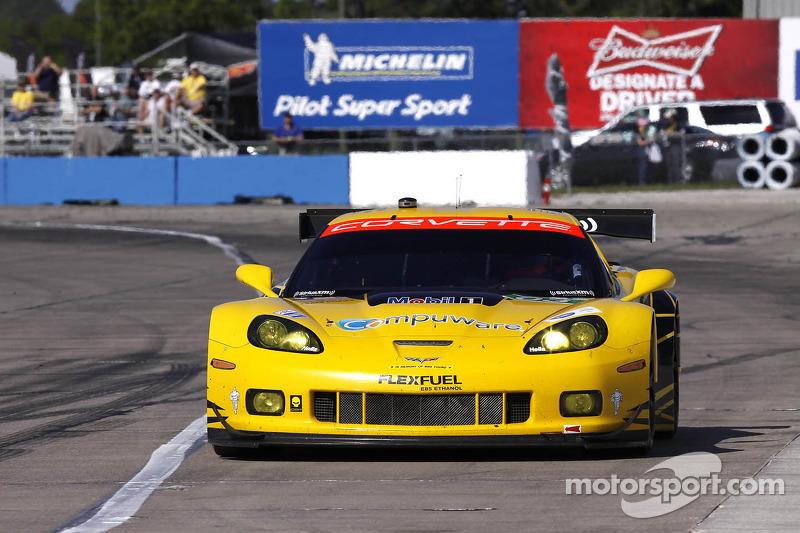 #03 Corvette Racing Chevrolet Corvette C6 ZR1: Jan Magnussen, Antonio Garcia, Jordan Taylor