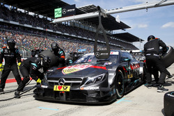 Pit stop, Robert Wickens, Mercedes-AMG Team HWA, Mercedes-AMG C63 DTM
