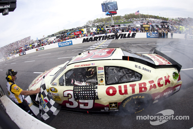 2012, Martinsville 1: Ryan Newman (Stewart/Haas-Chevrolet)