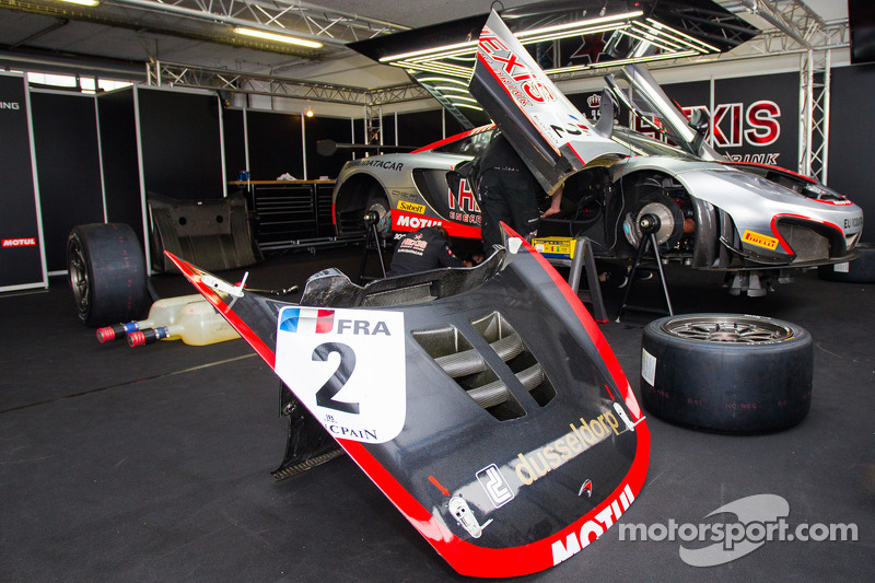 Hexis Racing McLaren GT MP4-12C GT3