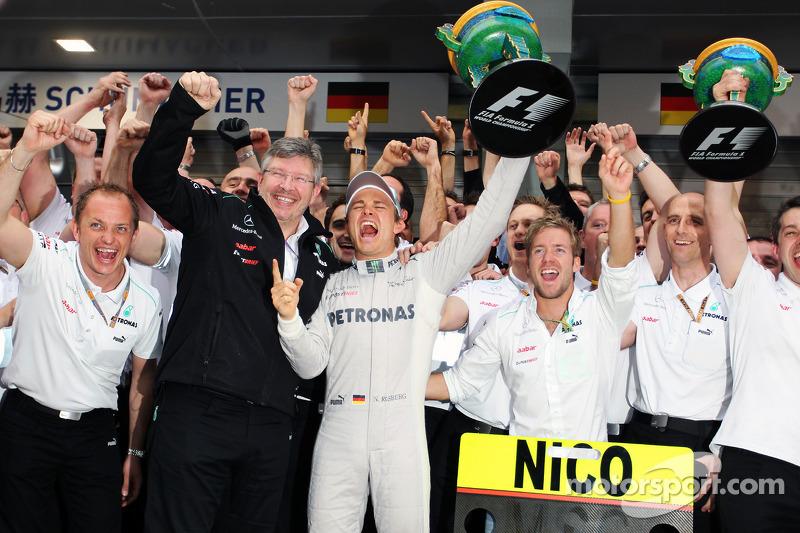 Em 2012 veio a primeira vitória. O GP da China recebeu o primeiro triunfo de Rosberg. Foram 93 pontos e a nona posição na temporada.