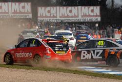 Lea Wood, Binz Racing crashes into Liam Griffin, Redstone Racing