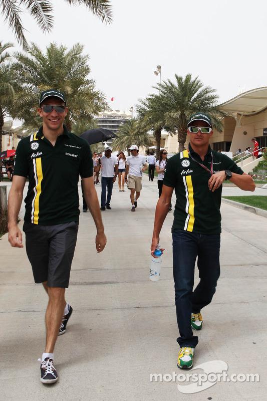 Vitaly Petrov, Caterham met Heikki Kovalainen, Caterham