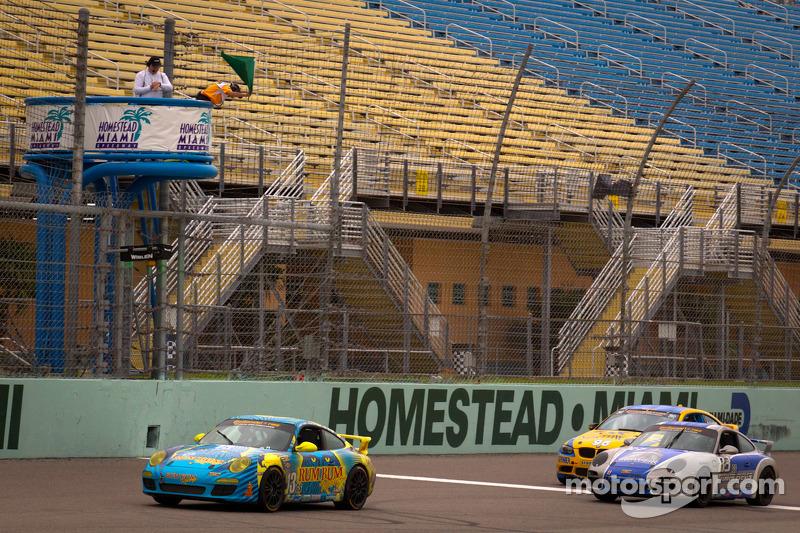 Last restart: #13 Rum Bum Racing Porsche Carrera: Nick Longhi, Matt Plumb leads the field