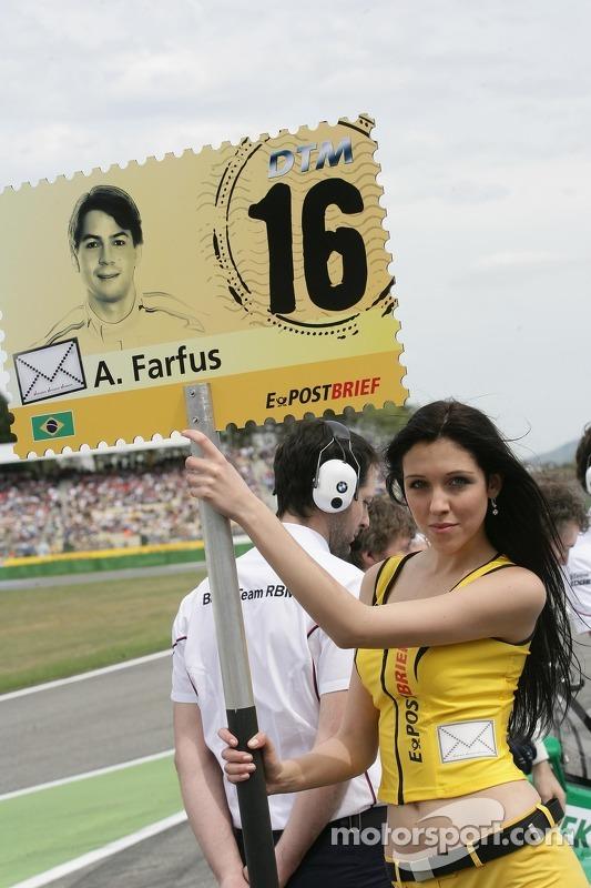 Gridgirl für Augusto Farfus, BMW Team RBM, BMW M3 DTM