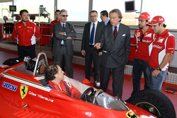 Fernando Alonso, Jacques Villeneuve, Luca di Montezemolo, Felipe Massa and Piero Ferrari with the 312 T4