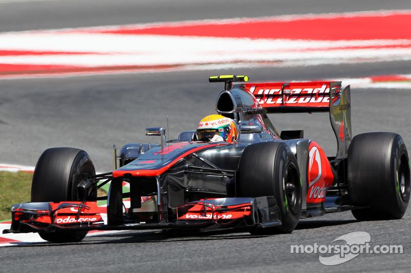 Льюис Хэмилтон еще находился под крылом McLaren