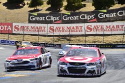 Kyle Larson, Chip Ganassi Racing Chevrolet, Ryan Blaney, Wood Brothers Racing Ford