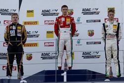 Podium: 1. Marcus Armstrong, Prema Powerteam, 2. Michael Waldherr, Neuhauser Racing, 3. Nicklas Nielsen, US Racing