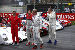 Jean Alesi, Helmut Markko, Consultant, Red Bull Racing, Tom Kristensen and Gerhard Berger for the Legends Parade