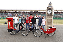 Stoffel Vandoorne, McLaren, Marc Gene, Ferrari, Jenson Button, McLaren, Natalie Pinkham