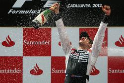 Podium: race winner Pastor Maldonado, Williams F1 Team