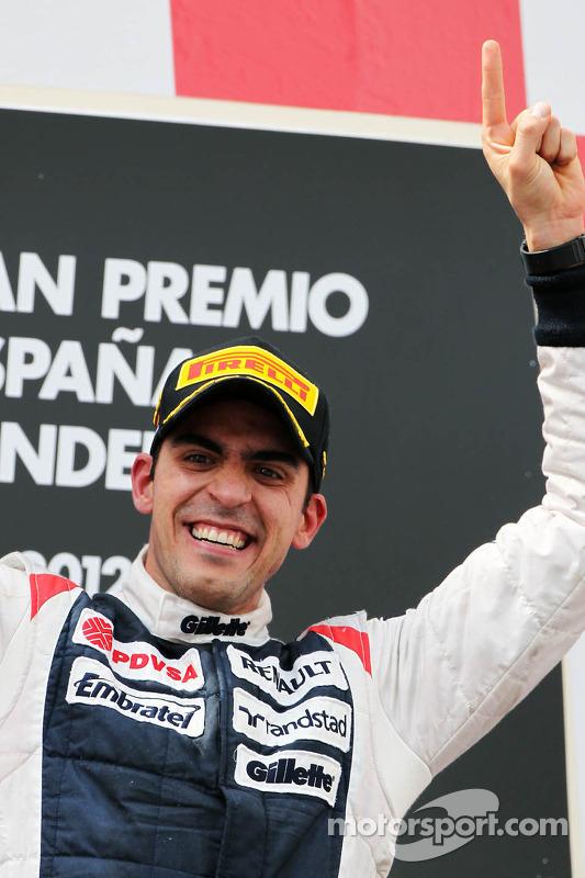 Race winnaar Pastor Maldonado, Williams F1 Team op podium