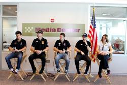 Andretti Autosport, Sebastian Saavedra, Ryan Hunter-Reay, Marco Andretti, James Hinchcliffe and Ana Beatriz
