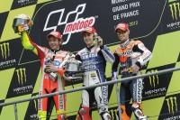 Podium: race winner Jorge Lorenzo, Yamaha Factory Racing, second place Valentino Rossi, Ducati Marlboro Team, third place Casey Stoner, Repsol Honda Team