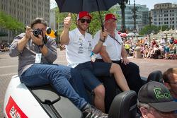 Indy 500 festival parade: EJ Viso, KV Racing Technology Chevrolet
