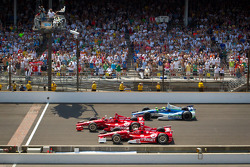 Dario Franchitti, Target Chip Ganassi Racing Honda gewinnt vor Scott Dixon, Target Chip Ganassi Raci
