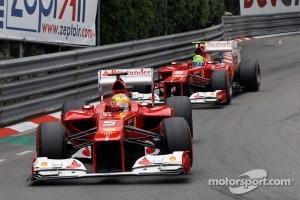 Fernando Alonso, Ferrari leads Felipe Massa, Ferrari