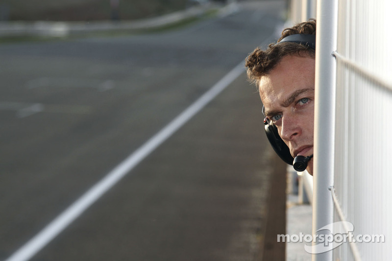 Hexis AMR team manager Philippe Dumas