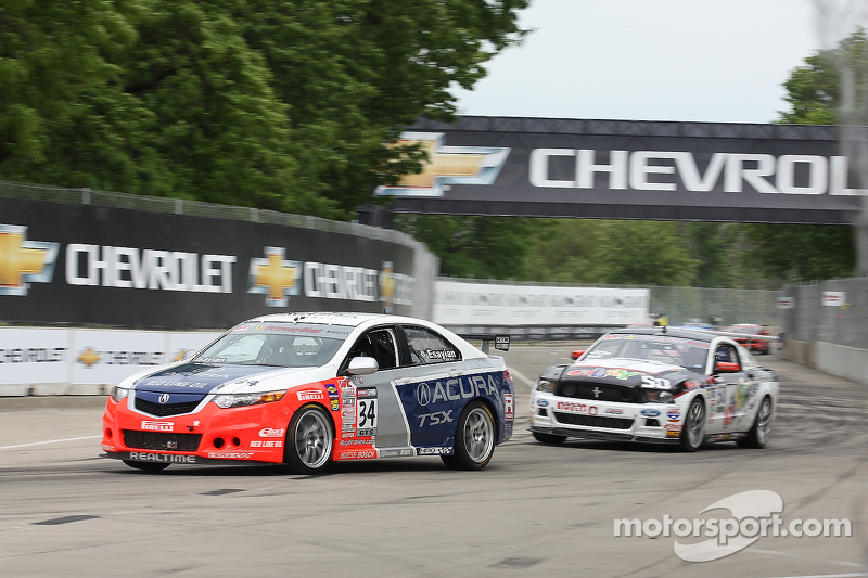 Nick Esayian, Acura TSX Justin Bell, Ford Mustang Boss 302S